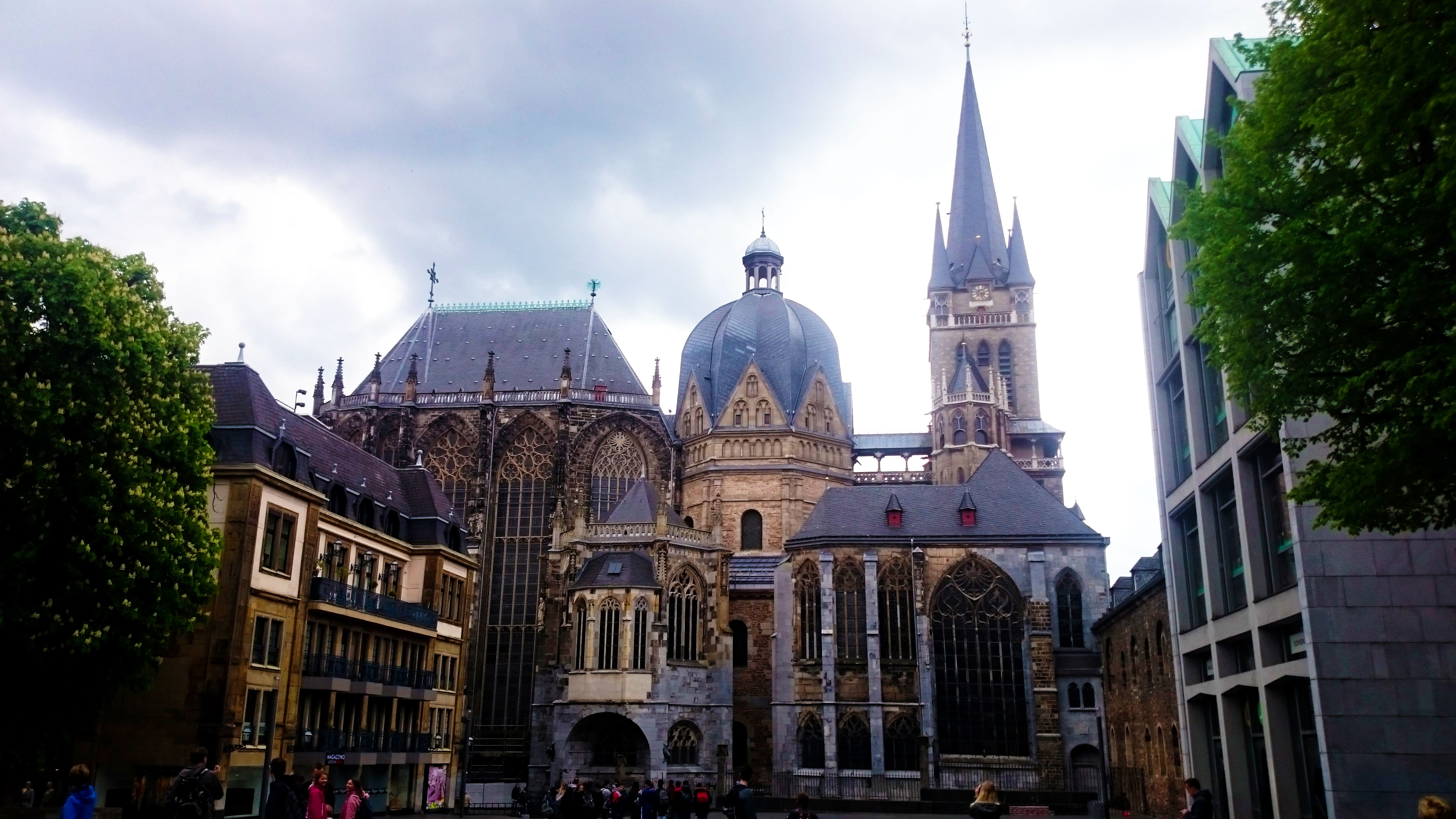 cathedral-aachen