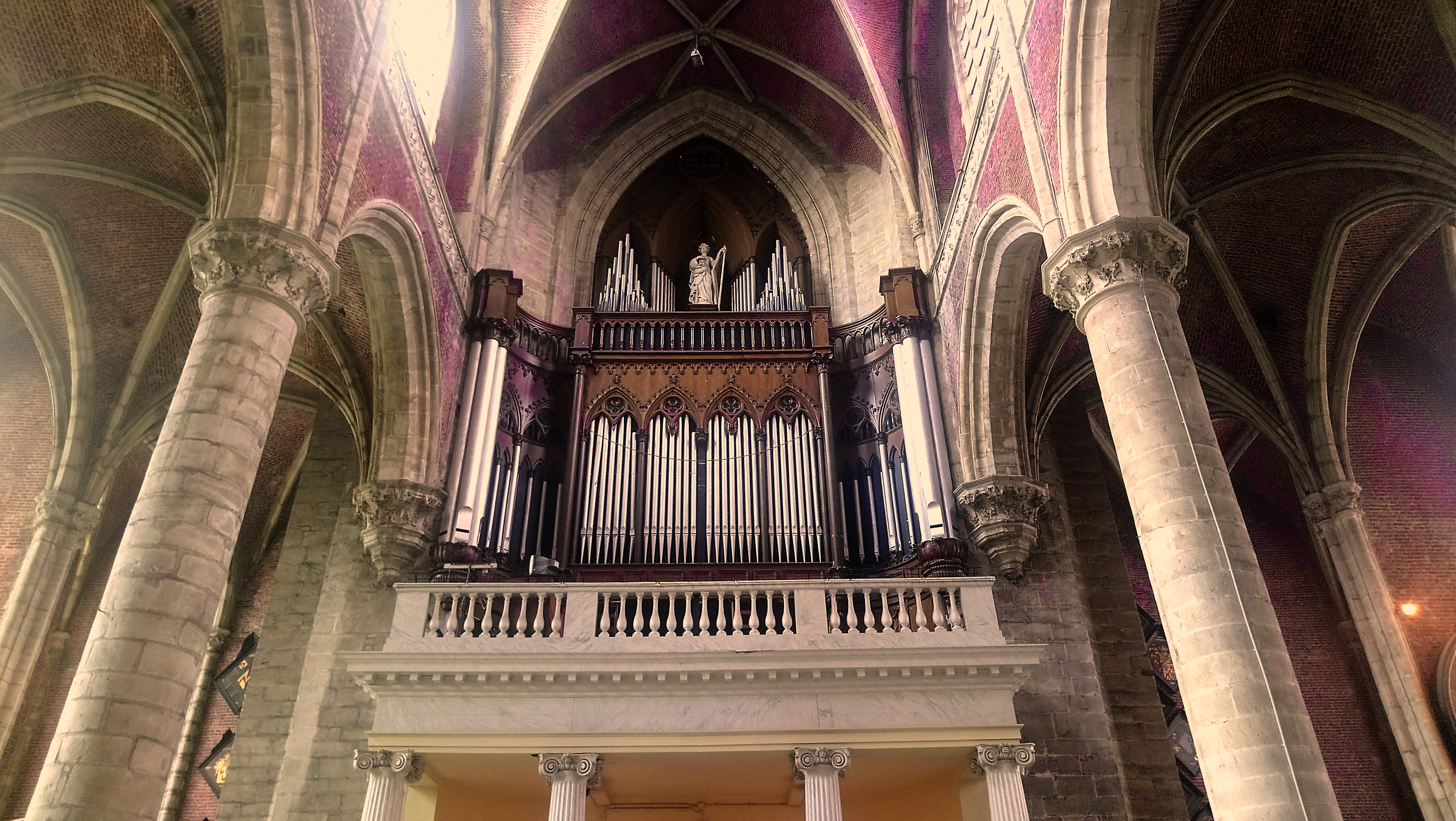 pipe-organ-cathedral-ghent